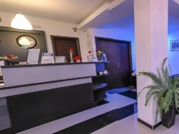 Hotel Blue Night - Pitesti - poza 2 - travelro