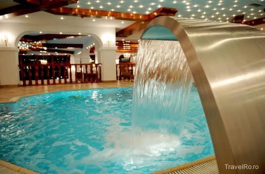 Mobila pentru bucataria pensiuni cu piscina interioara brasov for Hotel cu piscina