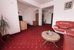 Hotel Black Lord - Targu Mures - poza 1 - travelro