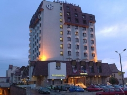 Hotel Continental - Targu Mures - poza 1 - travelro